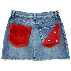 Zara | Denim Jean skirt removable fuzzy pockets